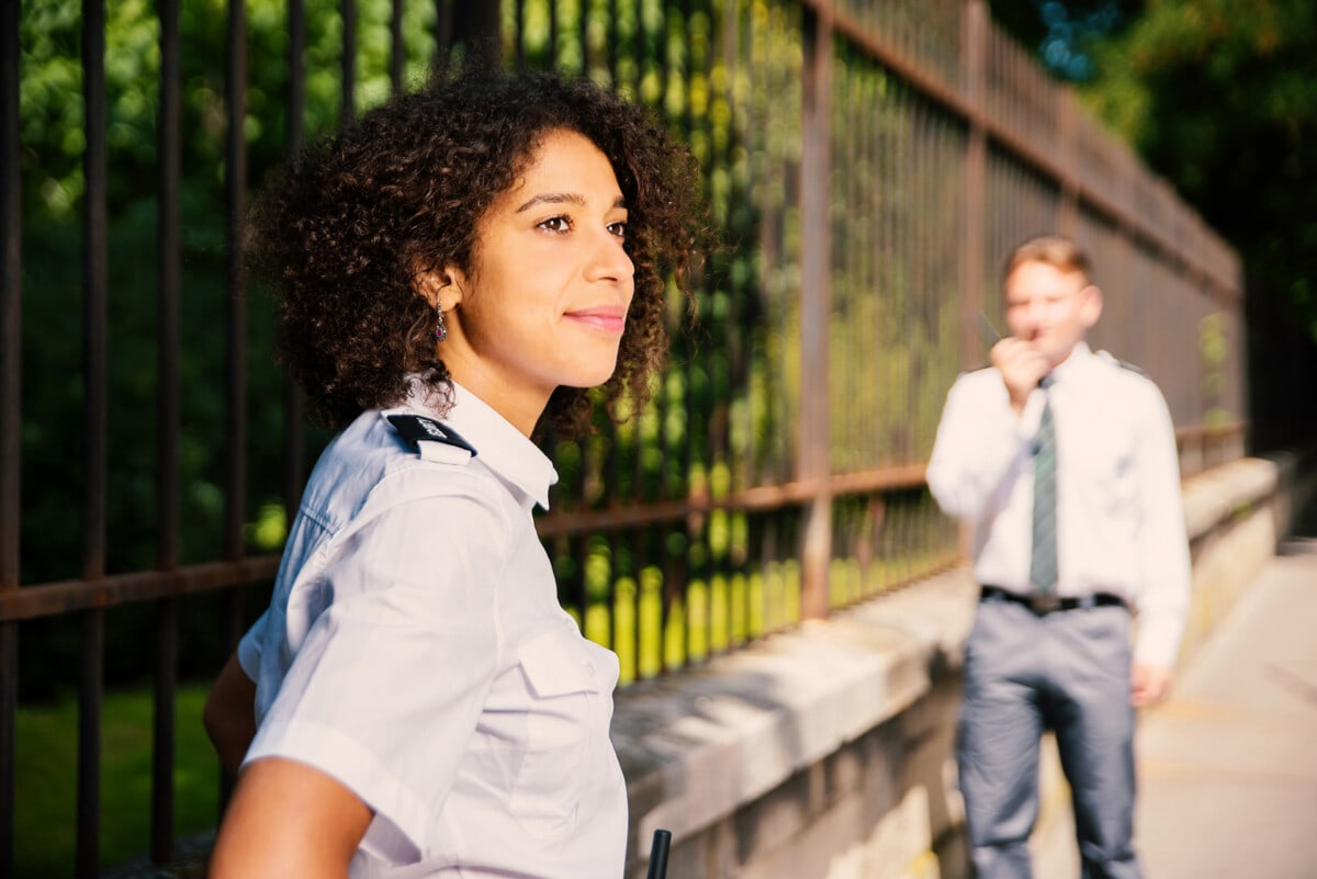 botschaften security-services helwacht
