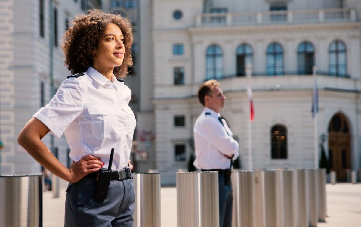 oeffentlicher sektor security-services helwacht